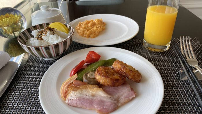 ザ・リッツ・カールトン大阪クラブラウンジで軽く朝食